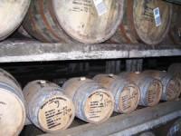 Maturarea whisky-ului în butoaie mici