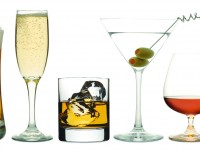 Apogeul în ceea ce priveste cantitatea de alcool consumată de bărbați se atinge la 24 de ani